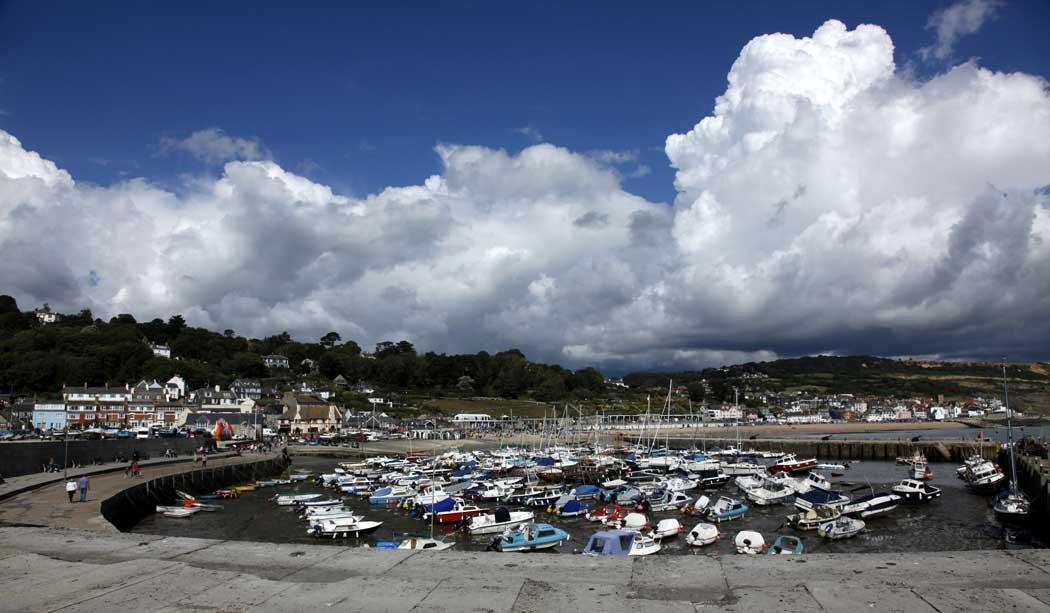 lyme-regis-harbour