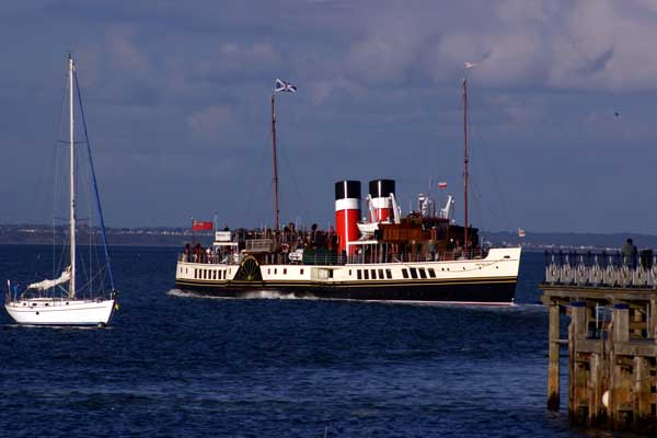 The Waverley - leaving Swanage - photo
